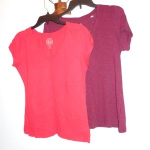 Lot of 2 Junior's SO V-Neck Tops Size L Large
